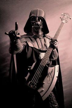I find your lack of Heavy Metal Disturbing. Star Wars and Heavy Metal Memes. Star Wars Film, Star Wars Bb8, Star Trek, Darth Vader, Anakin Vader, Anakin Skywalker, Heavy Metal, Black Metal, Metal Memes