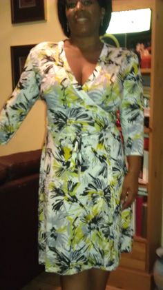 View details for the project Green splash wrap dress on BurdaStyle.