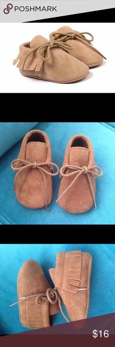 Unisex Toffee Fringe Moccasins Fringe slip on baby moccasins. Soft and sturdy enough for restless feet. The color is depicted accurately in the first picture. See my closet for various other listings.   •0-6 months •6-12 months  •12-18 months.  • Vegan suede Shoes Moccasins