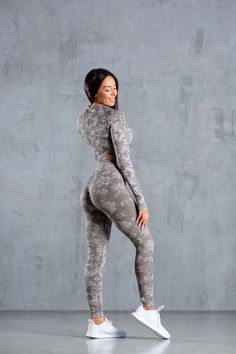 The Camo Collection has a complete, innovative soft seamless fabric and all-over jacquard camo pattern which provides a supportive, high waisted fit and flattering performance for every training session. Amazing Women, Camo, Sportswear, Sporty, Training, Leggings, Crop Tops, Fitness, Fabric