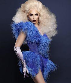 A - Alyssa Edwards Drag Queen Costumes, Drag Queen Outfits, Alyssa Edwards, Violet Chachki, Drag Queens, Lady Gaga, Drag Dresses, Faux Queen, All Star