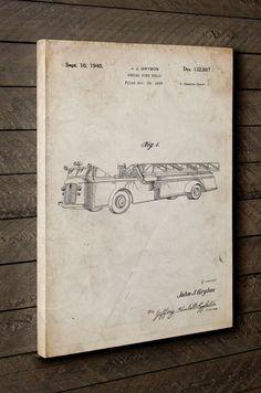Firetruck 1940 Canva