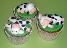 Adorable Little Sleepy Cow Cupcakes Created By Tracy Lou