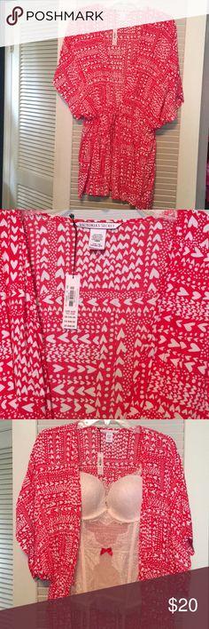 Kimono ❤️ robe Victoria's Secret ❤️ Kimono robe ❤️  Brand new, never been worn.   Make it a bundle with the blush lingerie..in my closet ❤️😉 Victoria's Secret Intimates & Sleepwear Robes