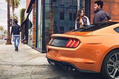 Ford Mustang 2018 orange heck