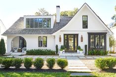 10 of the Most Popular Home Styles - white modern house with curved patio archway, Dream home, dream home exterior, contemporary house - Style At Home, Types Of Houses Styles, Styles Of Homes, Curved Patio, Home Exterior Makeover, Exterior Remodel, Home Designs Exterior, Exterior Homes, Design Living Room