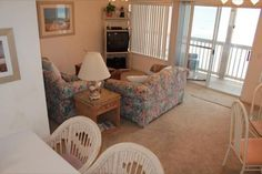 2 Bedrooms Condo Rental in Panama City Beach, SANDS OF LAGUNA D-2 - VacationMoves