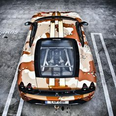 Army Style Ferrari - anyone know the model?