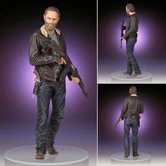 The Walking Dead Statues - Season 4 Rick Grimes