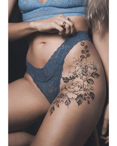Tattoo small pretty tattoos, small thigh tattoos, hip tattoo small, small t Floral Hip Tattoo, Flower Hip Tattoos, Small Thigh Tattoos, Hip Tattoo Small, Tattoo Thigh, Side Hip Tattoos, Tattoos On Thighs, Thigh Tattoos For Girls, Side Tattoos Women Small