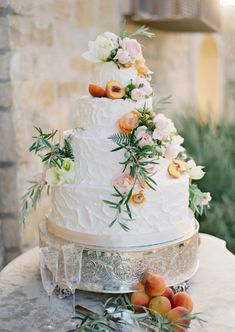 Peach inspired wedding cake: http://www.stylemepretty.com/2014/03/12/al-fresco-wedding-in-santa-ynez/ | Photography: Jose Villa - http://josevilla.com/