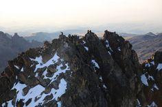 Hike up Mount Kenya ©Kenia Alina