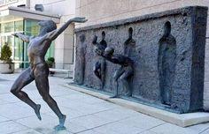 """Freedom,"" a bronze public art sculpture in Philadelphia, Pennsylvania - Sculptor Zenos Frudakis Freedom Sculpture, Street Art, Wall Street, Urbane Kunst, Alberto Giacometti, Deviant Art, Public Art, Oeuvre D'art, Urban Art"