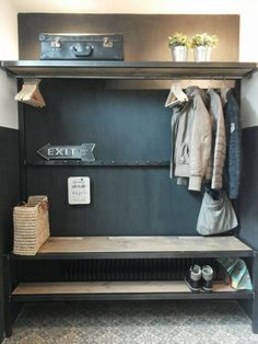 Mudroom E-Mail - Alie Bolt - Ausblick The Air Mattress of the Future is Here! Dressing Design, Mudroom, Interior Design Living Room, Home And Living, Room Inspiration, Sweet Home, Bedroom Decor, New Homes, House Design