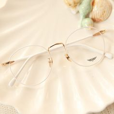 Vintage Candy Round Glasses - Vintage Candy Color Round Glasses – Andester Informationen zu Vintage Candy Round Glasses A - Circle Glasses, Fake Glasses, Cool Glasses, New Glasses, Glasses Case, Korean Glasses, Glasses Outfit, Round Lens Sunglasses, Cute Sunglasses