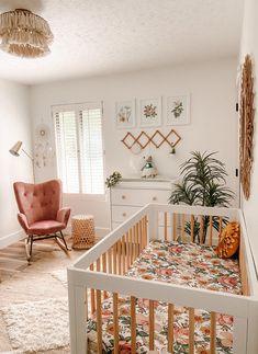 Nursery Room Decor, Girl Nursery, Boho Nursery, Nursery Ideas, Project Nursery, Nursery Dresser, Small Nursery Rooms, Simple Baby Nursery, Rainbow Nursery Decor
