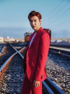 I've always expected a star of Lee Min Ho's popularity to set up shop on his own sooner rather than later, so this news is not surprising other than the direction he chose to take. Lee Min Ho has left … Continue reading → Lee Min Ho, Korean Celebrities, Korean Actors, Korean Dramas, Asian Actors, Kdrama, Smoking, Dinner Suit, New Actors