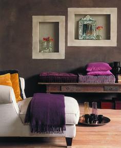 Tierrafino Duro savilaasti on täysin luonnonmukainen sisustuslaasti kuiviin sisätiloihin ja takkapintoihin. Kuvassa värisävy ruskea yhdistettynä Delphi sävyllä tehtyihin kehyksiin. #habitare2015#design #sisustus #messut#helsinki #messukeskus