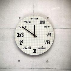 Nuovi arrivi - Orologio Formule Matematiche - Quando si dice: circa... Formulas, Home Gadgets, Back To School, Clock, Design, Maths, Marzipan, Third Grade, Meme