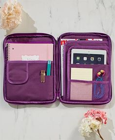 Find your everyday essentials with ease when you store them in this Multipurpose Organizer with Handle. Its full-zip closure opens to reveal several pockets on either side that readily organize anything from your electronic devices to writing utensils School Suplies, Ltd Commodities, Cute School Supplies, Back To College Supplies, Lakeside Collection, Too Cool For School, School Hacks, School Organization, Organizer