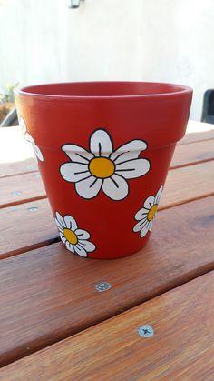 Flower Pot Art, Flower Pot Design, Clay Flower Pots, Flower Pot Crafts, Ceramic Flower Pots, Clay Pots, Painted Plant Pots, Painted Flower Pots, Painted Pebbles