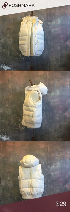 GAP Cream Puffy Vest W/ Detachable Hood The perfect topper to a denim or flannel button up. This cream puffy vest from GAP has a detachable puffy hood and pockets on the front of both sides.  Only worn once. GAP Jackets & Coats Vests