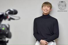 Fotos de BTS postadas no fanclub oficial do Japão