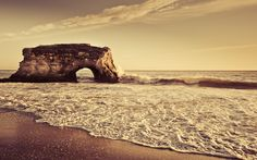 Arch on the Shore wallpaper