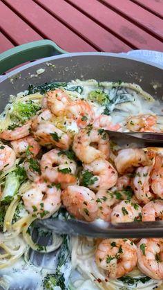 Best Seafood Recipes, Shrimp Recipes For Dinner, Lobster Recipes, Seafood Dinner, Appetizer Recipes, Easy Shrimp Pasta Recipes, Shrimp Meals, Chicken And Shrimp Pasta, Appetizers