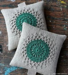 Crochet Pincushion, Crochet Diy, Crochet Motifs, Crochet Crafts, Crochet Stitches, Crochet Projects, Crochet Patterns, Crochet Cushion Cover, Crochet Cushions