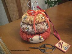 patchwork, coixí agulles, porta tisores