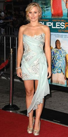Look of the Day › October 6, 2009 WHAT SHE WORE Bell added Bulgari diamonds and Louboutin peep-toes to her draped chiffon dress from Marchesa WHERE The Los Angeles premiere of Couples Retreat