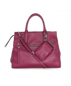 Two pockets outside and more inside! Fall Winter, Handle, Pockets, Top, Bags, Collection, Fashion, Handbags, Moda