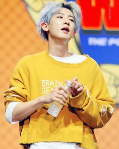 Find images and videos about kpop, exo and chanyeol on We Heart It - the app to get lost in what you love. Kpop Exo, Baekhyun, Park Chanyeol Exo, Chanyeol Cute, Kaisoo, Exo Ot12, K Pop, Tao, Rapper