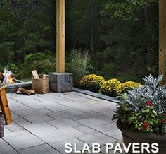 Liven up your outdoor patio area with beautiful pavers. We put together anumber of paver patio ideas to inspire you. Belgard Pavers, Flagstone Pavers, Paver Walkway, Backyard Pavers, Cobblestone Pavers, Large Pavers, Natural Stone Pavers, Clean Patio, Outdoor Living Rooms
