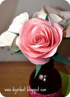 DIY: paper rose