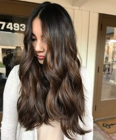 Long Wavy Ash-Brown Balayage - 20 Light Brown Hair Color Ideas for Your New Look - The Trending Hairstyle Brown Hair With Blonde Highlights, Brown Hair Balayage, Hair Highlights, Partial Balayage Brunettes, Medium Hair Styles, Curly Hair Styles, Hair Upstyles, Light Brown Hair, Dyed Hair Brown