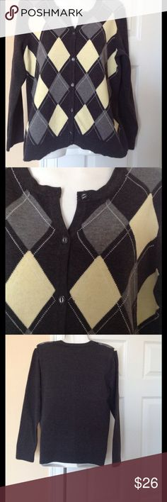 EP pro sweater L In very good condition 100 percent cotton sweater, chest 19, sleeve 17, length 23 EP pro Sweaters Cardigans