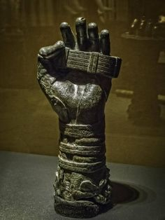 "https://flic.kr/p/rqexDV | Forearm of a statue of a boxer from Herculaneum Roman 1st century CE Bronze | Photographed at ""Pompeii: The Exhibit"" at the Pacific Science Center in Seattle Washington."