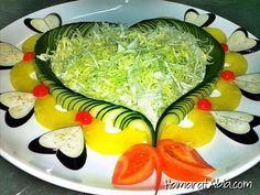 Misafirler için salata sunumları