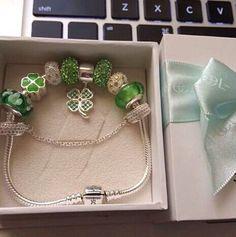 green lucky charms bracelet #charmsbracelets