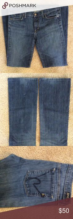 Citizens of Humanity jeans. Gently worn jeans, some distressed areas on back pant leg. W 16.5 Rise 8.5 Hip 19.5 inseam 30.5. Citizens Of Humanity Jeans Boot Cut