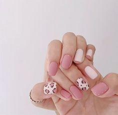 Awesome 40 Fabulous Pink Nail Art Designs Ideas That Looks Cool. Cute Nails, Pretty Nails, My Nails, Cute Summer Nails, Leopard Print Nails, Pink Cheetah Nails, Cheetah Nail Designs, Soft Pink Nails, Leopard Nail Art