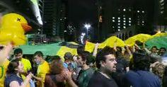 Manifestantes fazem protesto contra Lula e Dilma e bloqueiam Av. Paulista