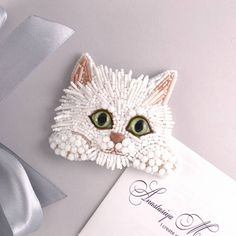Diy Home Crafts, Cute Crafts, Bead Crafts, Bead Embroidery Jewelry, Beaded Embroidery, Bird Theme, Beaded Animals, Beaded Brooch, Pet Birds