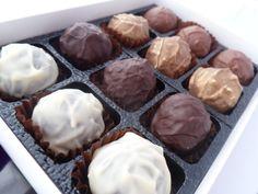 Box of 12 mixed truffles