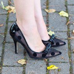 Its a polka dot shoe kind of day. #KateSpade