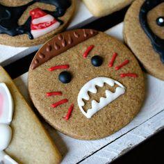 Moana Kakamora & Pua Birthday Party Gingerbread & Sugar Cookies TheIcedSugarCookie.com LHE Bakes Etsy Shop