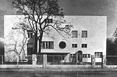 at img Bilder haus_beer. Josef Frank, Classic Architecture, Architecture Design, Bauhaus, Villa, Ludwig Mies Van Der Rohe, Art Deco, Constructivism, Joseph
