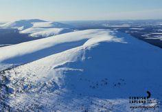 Ylläs fell, Finnish Lapland. Photo by Arto Komulainen. #filmlapland #arcticshooting #finlandlapland